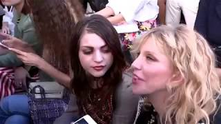 Courtney love & Frances bean at Chanel show
