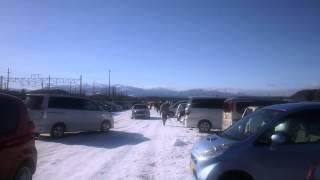 白河だるま市2014 小峰城前の臨時駐車場 「白河だるま市は、約230年...