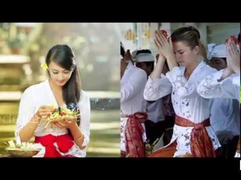 Gayatri Mantram Hindu Bali Version