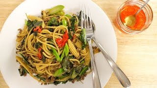 Drunken Spaghetti Recipe (Pad Kee Mao) ผัดขี้เมา - Hot Thai Kitchen