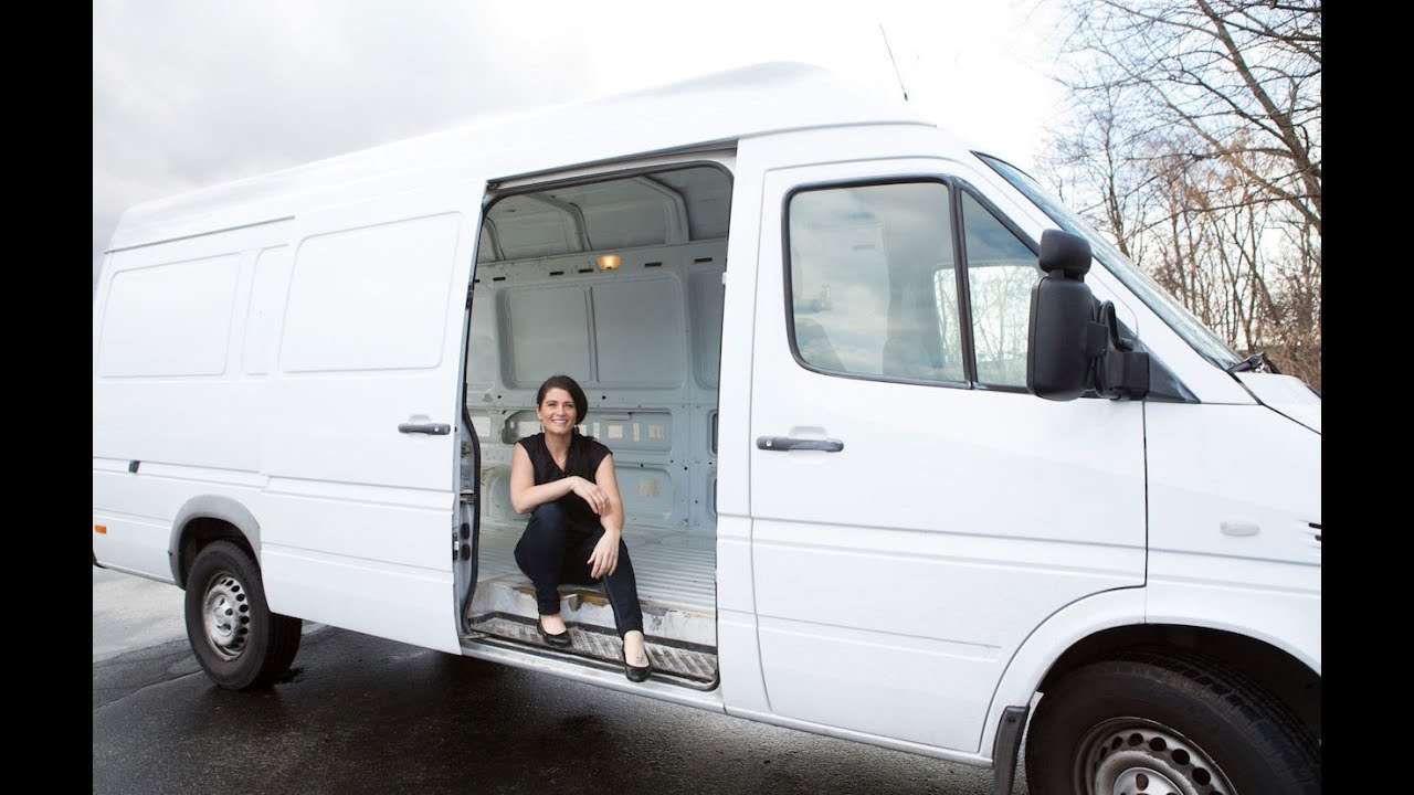 Living In A Van >> Woman Quits Expensive Rents To Live In A Van Youtube