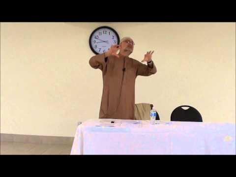 Islamic Development: inside and outside the community