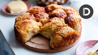 Irish Potato & Cheese Dinner Rolls Feat. The Domestic Geek!