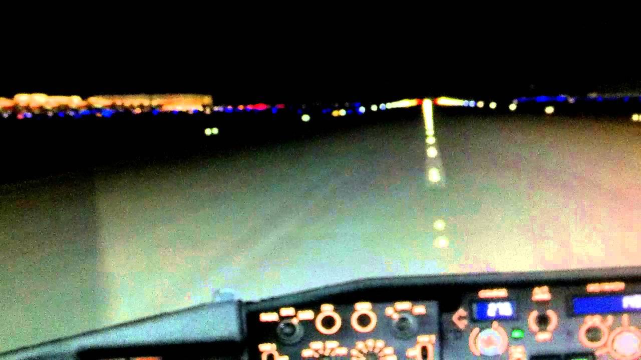 737 ng Atlanta cat 3 approach & landing - YouTube
