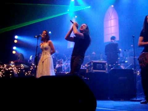 Ayreon - Into the black hole by Charlotte Wessels and Damian Wilson at Christmas Metal Symphony 2009