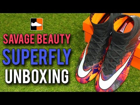 Savage Beauty CR7 Superfly Unboxing - Cristiano Ronaldo Nike Mercurial Boots