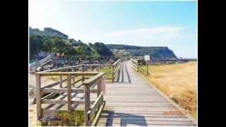 Playa de Rodiles Asturias, a 10' de Camping La Rasa