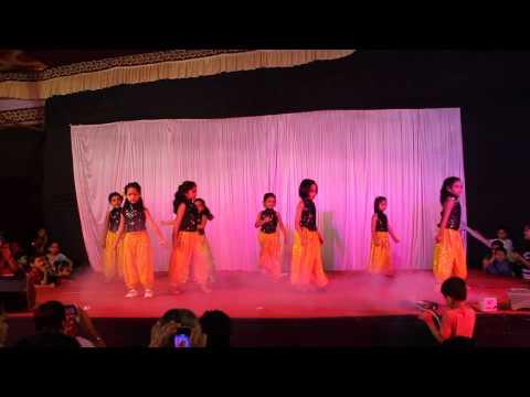 07 Udan Choo   by Small kids