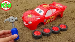 Assembling Lightning Mcqueen racing cars - children's toys B1246P Kid Studio