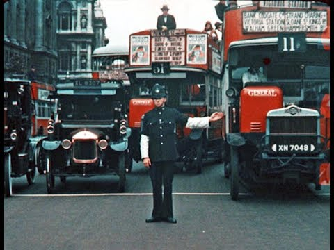 27 Rare and Amazing Color Photographs of London From 1924 to 1926