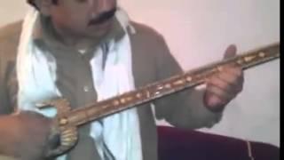 amjid malang playing chines sitar