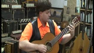 Сергей Гаврилов (гитара) играет: Анхель Вильольдо Аргентинское танго