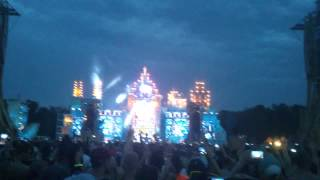 Dominator 2014 - Nosferatu & Outblast playing Start A Fight (Pink Bootleg)