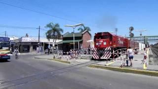 Tren de Ferrovias partiendo de Grand Bourg