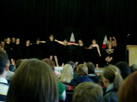 Ysgol Gymraeg Casnewydd Creative Dancing 2009
