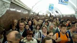 Life in Russia - rush hour in the Moscow subway