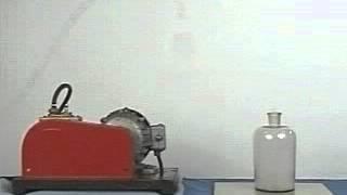 10.Уменьшение внутренней энергии газа при совершении работы(, 2013-04-19T15:58:03.000Z)