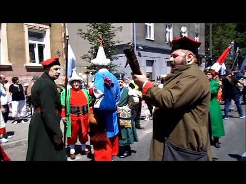Lajkonik Parade Shooter Takes a Pretty Girl