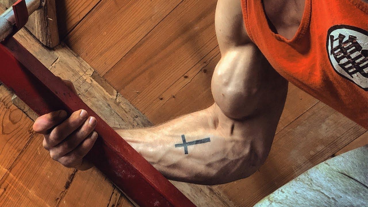 Weak grip? Weak wrists?? Try the TOP 10 GRIP EXERCISES!