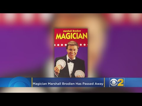 """Marshall Brodien, Who Played 'Wizzo' on """"The Bozo Show,"""" Has Died"""
