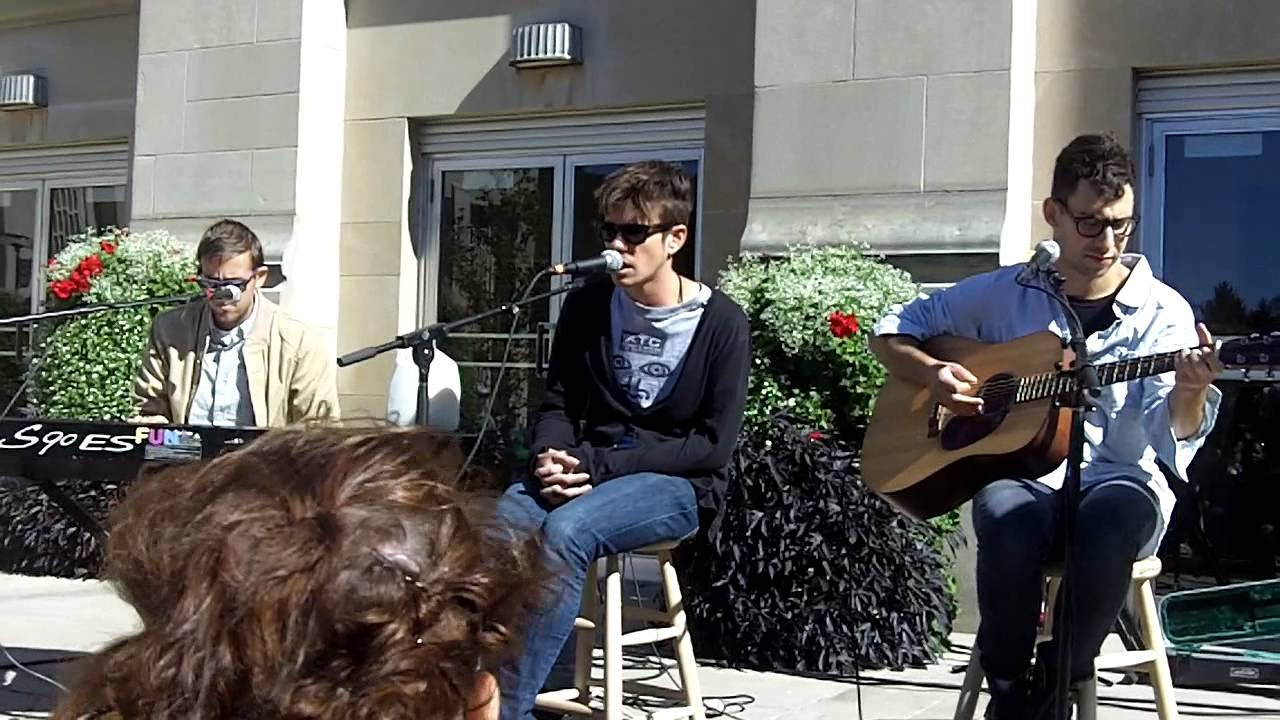 fun-be-calm-live-acoustic-at-indiana-university-daniel-inskeep