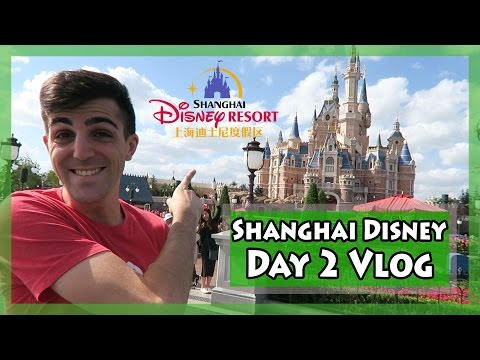 First Time at Shanghai Disney Resort! - Day 2 Vlog [上海迪士尼乐园]