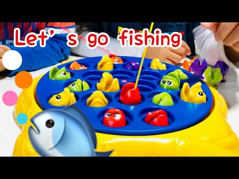 Let's Go Fishing   🎣   🐟   🐠   🐡   | Family Fun Game And They Are Rolling | Walmart Toy Reviews
