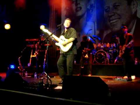 Ali Campbell & Dep Band - Nothing Ever Changes (Pierrot) - Cambridge - 04.07.09