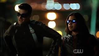 The Flash 5x02 Nora saves Barry + The Team Tries to Fight Cicada
