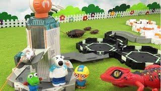 헥스버그 나노스페이스 우주기지 탈출~ 로봇벌레 기지에 사는 우주 도마뱀으로부터 도망쳐라 ❤ 뽀로로 장난감 애니 ❤ Pororo Toy Video | 토이컴 Toycom