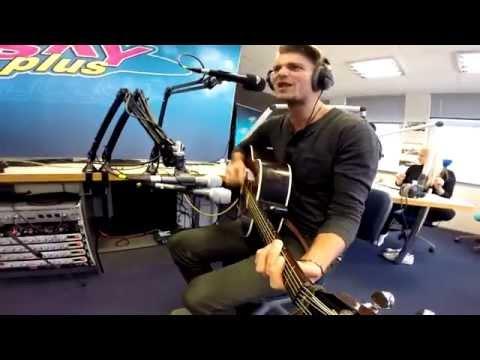 Sky Plus Hommiku Live - Daniel Levi
