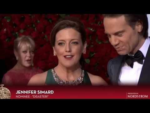 Red Carpet: Jennifer Simard 2016