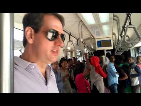 Addis Ababa - Ethiopia - Visitando o metro de superficie, By Marcelo Pera (PY2AE)