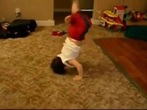 best baby break dance ! :P