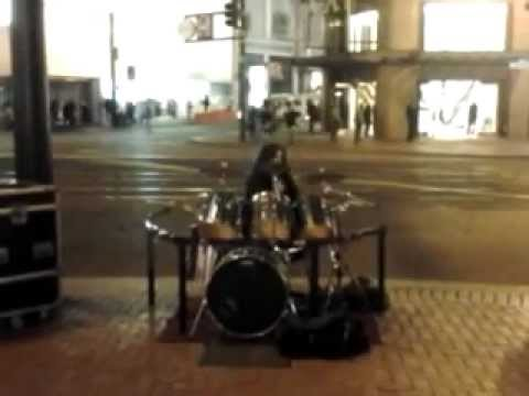 Drum solo in San Francisco. One of the best drummers around.