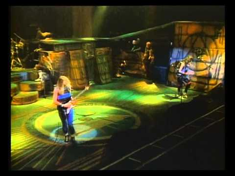 Iron Maiden - 2 Minutes to Midnight (Live Long Beach 1985) HD