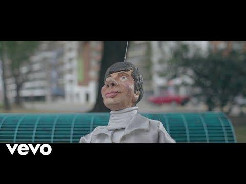 Un Poquito Tuyo | Capítulo 1 | Telemundo von YouTube · Dauer:  19 Minuten 28 Sekunden