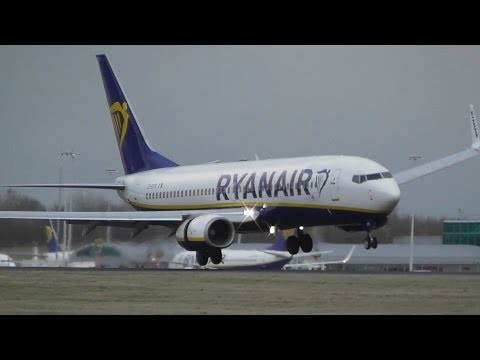 Pilot Applies Reverse Thrust in Middair on landing at Stansted Airport