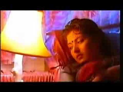 இதயமே இதயமே உன் மௌனம் என்னைக்....