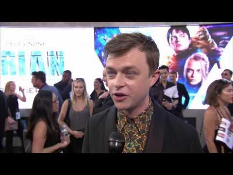 Valerian World Premiere Grauman's Chinese Theatre Dane DeHaan interview (official video)