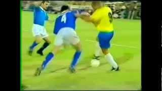 Ronaldo Luiz Nazario De Lima - R9 (Brazil)(Ronaldo Luís Nazário de Lima (Portuguese pronunciation: [χoˈnawdu luˈiz naˈzaɾiu dʒi ˈlimɐ]; born 18 September 1976[1]), commonly known as Ronaldo, ..., 2012-05-17T19:56:11.000Z)
