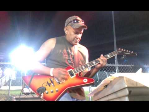 Van Halen solo at Dodge City Raceway Park!