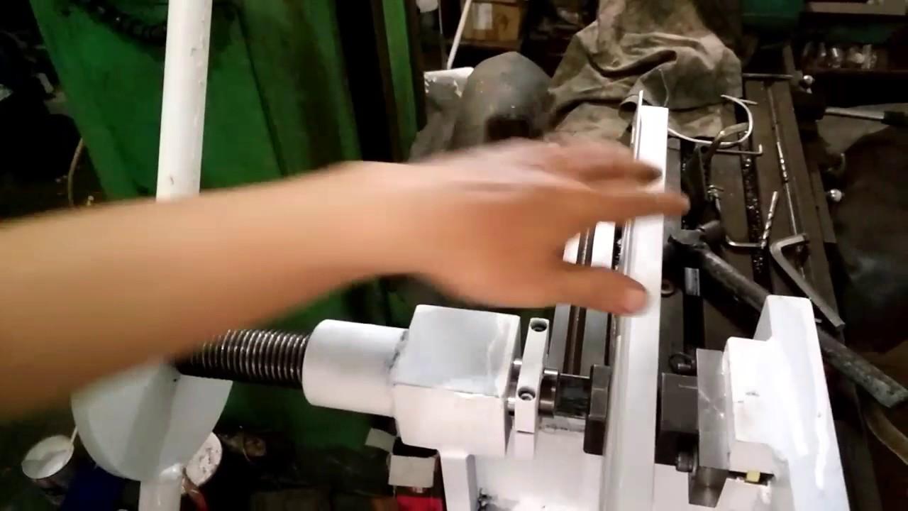 Manual screw power press machine