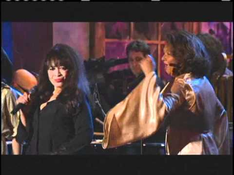 Ronettes perform Rock and Roll Hallof Fame Inductions 2007