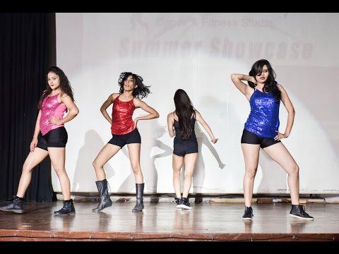 Oye Oye, Lat lag gayee, Saat Samundar, Bollywood performance by instructors