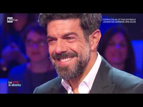 Favino, i segreti del successo - La vita in diretta 15/01/2020