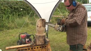 Wood Carving An Owl.wmv