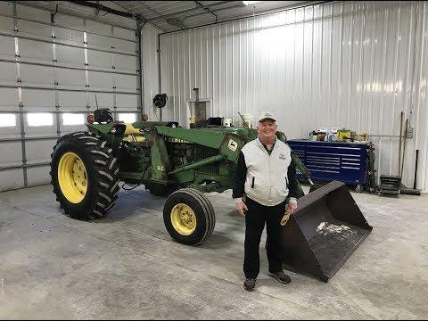 John Deere 2640 Tractor from Movie Field of Dreams (1989)