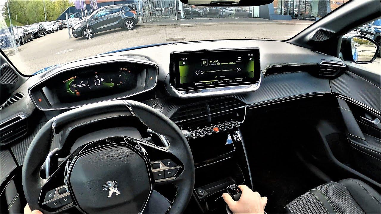 YENİ 2021 PEUGEOT 208 GT / SHOWROOM İNCELEMESİ & FİYATI / CORSA & CLIO YERİNE ALINIR MI?