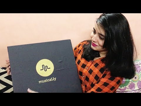 Gift From Musical.ly India ☐ UNBOXING 🎵 😍